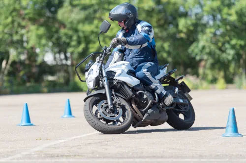 Motorrijbewijspoint Sittard motor rijtest